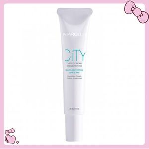 4/$20 — Travel Size Fair City Tinted Cream SPF 25